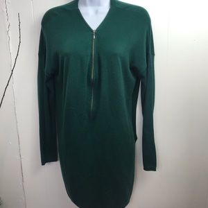 Trouve Size M Long Lightweight Sweater